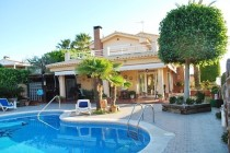 buy house calafell