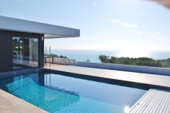 rent luxury villa on Costa Dorada