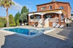rent villa costa dorada 14 people