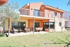 rent villa in Tarragona