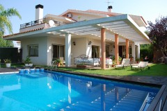 rent villa in Costa Dorada