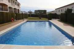 rent townhouse in calafell