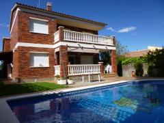 rent villa in calafell