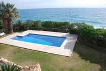 rent luxury villas costa dorada sea front