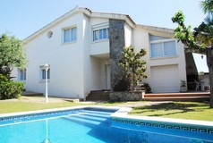 villa in calafell for rent