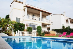 HOLIDAY LETTING IN CALAFELL