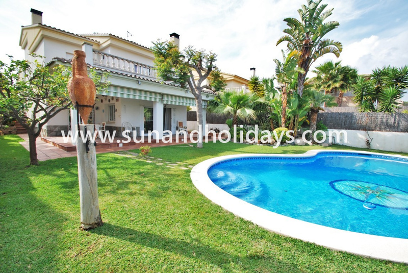 Below Are Some Photos Of This Villa. If You Have Any Questions, Do Not  Hesitate To Contact Us. Thanks.