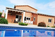 RENT LUXURY VILLA IN RODA DE BARA