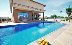 rent luxury villa in el Vendrell